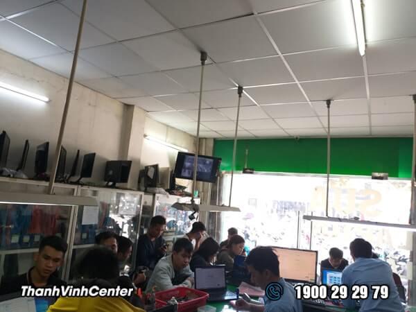 Phòng tiếp nhận - trả máy - thay thế Sửa laptop 24h của Thành Vinh Center 02