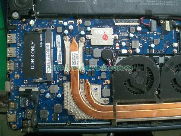 Mainboard Laptop Samsung 870Z5E/880Z5E/680Z5E  Core i7 Gen 3. Ram 8GB Onboard . VGA Rời