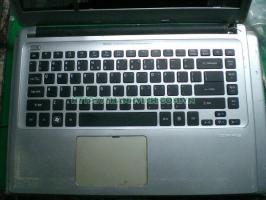xác laptop acer v5-471 core i5 gen 3. Vga rời