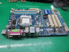 Main máy tính để bàn Gigabyte GA-P55-USB3L cũ.