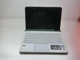 Laptop cũ Sony SVE11116FGW cpu AMD E2-1800 APU ram 4gb ổ cứng hdd 320gb vga onboard AMD Radeon HD 7340 lcd 11.6''inch.