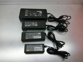 Sạc Laptop dùng chung cho các dòng máy ASUS,LENOVO,TOSHIBA,NEC,MSI,FUJITSU,..19V-9.48A,19V-7.11A,19V-4.22A,19V-3.16A Giá dao động tùy theo ampe của sạc.
