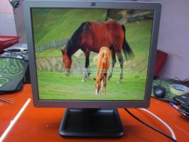 Màn hình máy tính để bàn cũ HP LE1711 17''inch độ phân giải 1280 x 1024 pixel.